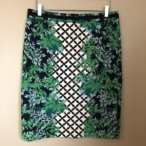 Boden Pencil skirt green leaves size 10